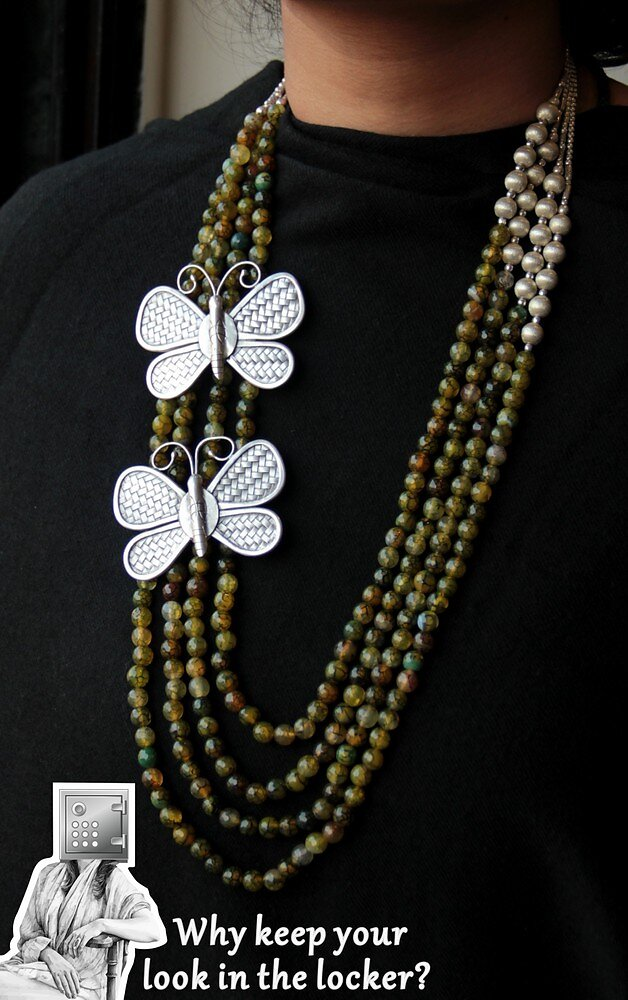 9999-27500-necklace-4.jpg