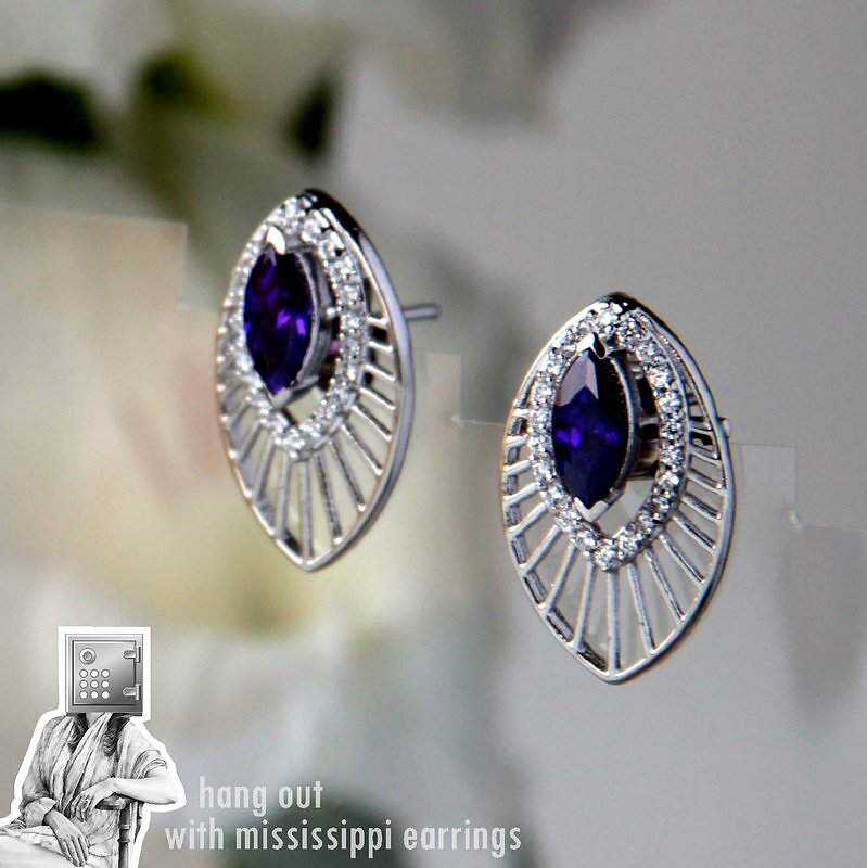 2250-2450-25mm-16mm-Eka-Mississippi-Earrings.jpg